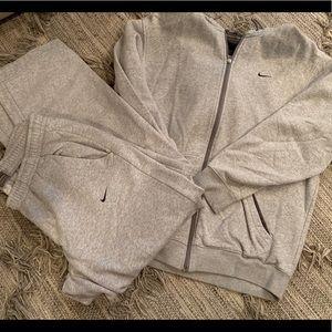 Nike men's sweat pants and zip hoodie suit size L